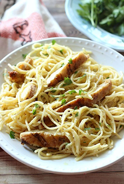 Spaghetti Al Pollo (spaghetti Au Poulet)